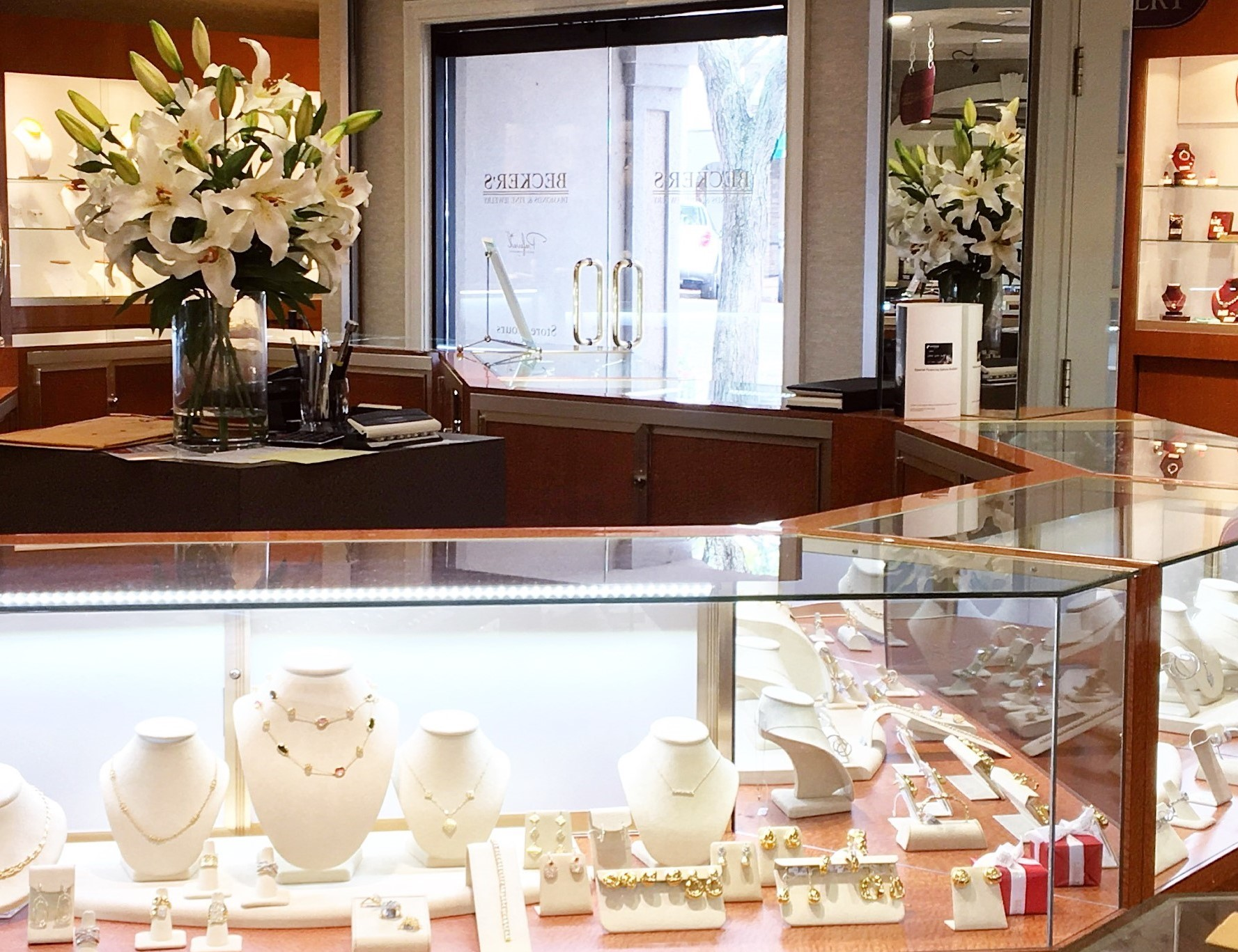 Complimentary Jewelry Cleaning and Inspection