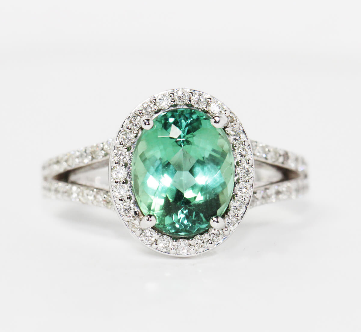 Estate green torumaline ring